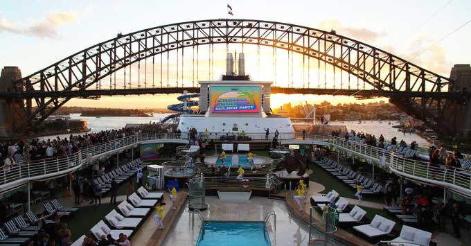 Pacific Explorer Cruise Ship First Impressions Hits