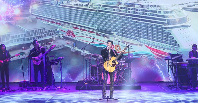 Godfather Wang Leehom performing at the Norwegian Joy christening