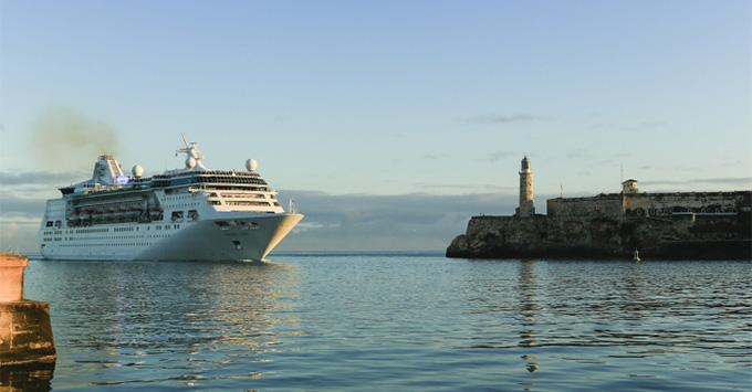 Royal Caribbean ship pulling into Havana