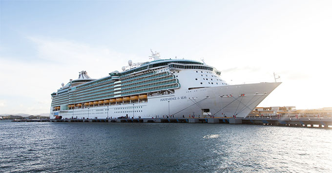 Royal Caribbean Cruise Ship Sailing After Gastrointestinal Illness - Outbreak on cruise ship