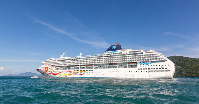 Exterior shot of Norwegian Sun at sea