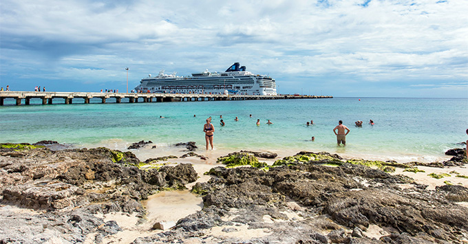 Norwegian Dawn in Costa Maya