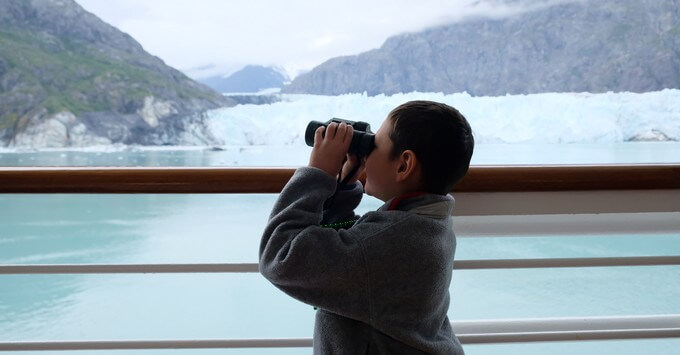 Glacier viewing on an Alaska cruise