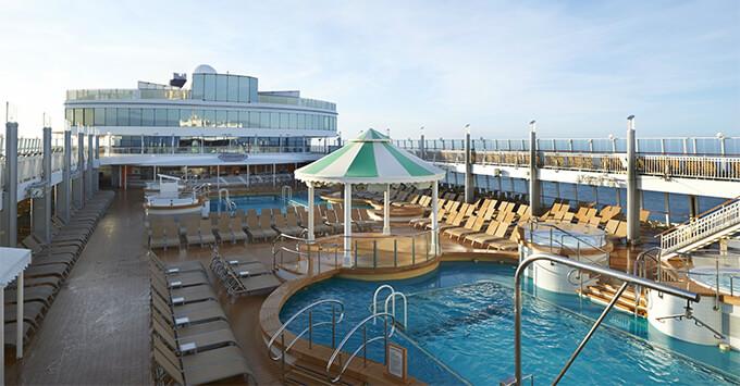 The Pool Deck on Norwegian Jewel