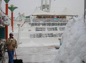 NCL Norwegian Gem Cruise Snow