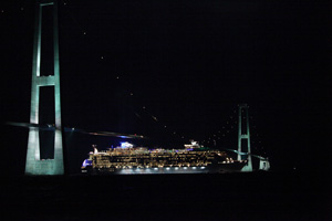 Oasis of the Seas - Great Belt Bridge