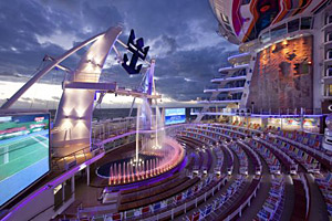 Allure of the Seas - The AquaTheater