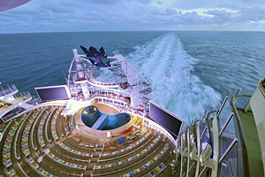 Oasis of the Seas - AquaTheater