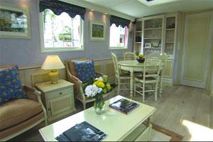 Belmond Alouette - The spacious lounge area