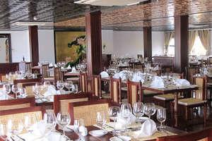 AmaLotus - Dining