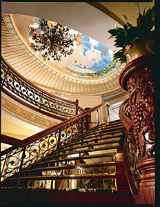 American Queen - Grand Staircase