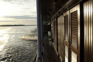 Avalon Angkor - Side Deck
