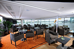 Avalon Visionary - Club Lounge