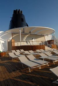 Bleu de France - The Sun Deck