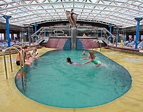 Carnival Pride - Indoor Pool