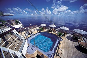 Clipper Odyssey - Lido Deck Pool