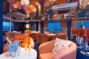 Europe - Lounge on Cyrano de Bergerac