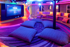 Disney Dream - Teen Lounge