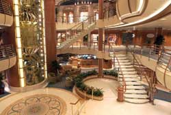Diamond Princess - Grand Plaza