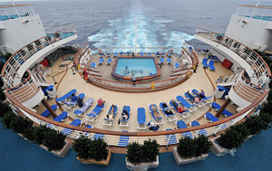 Grand Princess - The Stern Pool