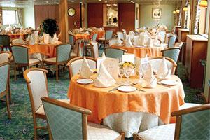 Infante Don Henrique - Dining room