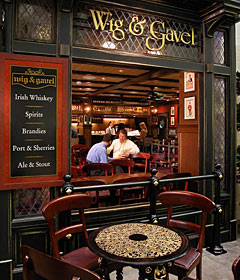 Mariner of the Seas - The British-Themed Wig and Gavel Pub