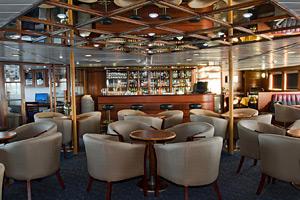 MV Santa Cruz - Lounge