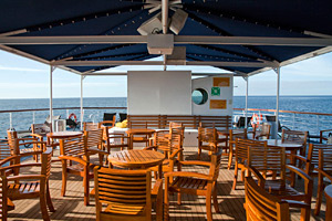MV Santa Cruz - Outdoor Dining