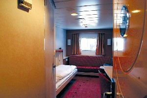 Midnatsol - Outside Double Stateroom