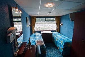 Monet - Cabin