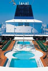 Norwegian Sun - Pool Deck