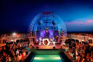 Pacific Jewel - Outdoor Circus on top deck
