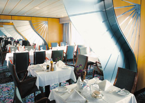 Queen Elizabeth 2 - QE2 (Retired) - Mauretania Restaurant