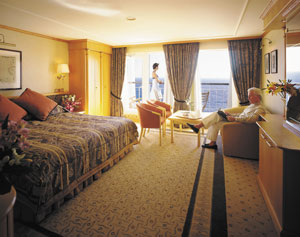 Queen Elizabeth 2 - QE2 (Retired) - Penthouse Accommodations