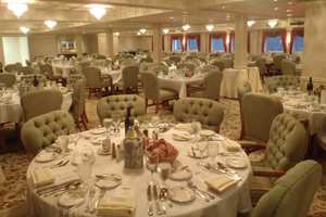 Queen of the Mississippi - Dining Room