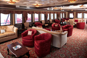 Queen of the Mississippi - Paddlewheel Lounge