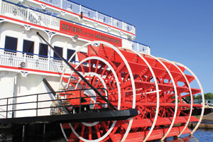 Queen of the Mississippi - Paddlewheel
