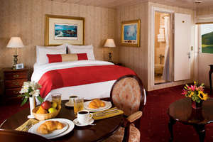 Queen of the West - Stateroom
