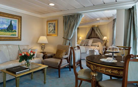Regatta - Owners' Suite Bedroom