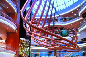 Rhapsody of the Seas - Centrum
