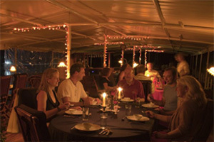 RV River Kwai - Dining