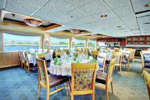 Safari Endeavour - Dining Room