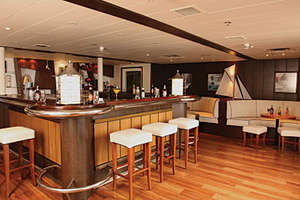 Saga Pearl II - The Sundowner Bar