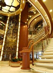 Sapphire Princess - Grand Atrium