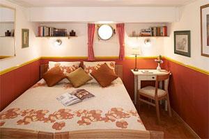 Savoir Faire - Cozy Cabin