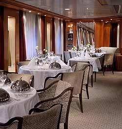 SeaDream I - Main Dining Salon