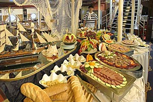 Star Flyer - Themed Buffet