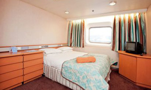Thomson Majesty - Standard outside double cabin