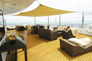 Ti'a Moana - Lounges on the passenger deck