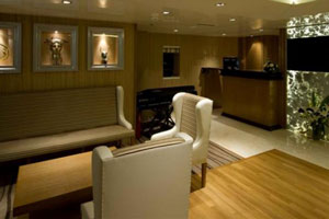 Variety Voyager - The reception area and bar
